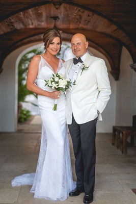 Luann de Lesseps and Thomas D'Agostino wedding portrait white dress and tuxedo