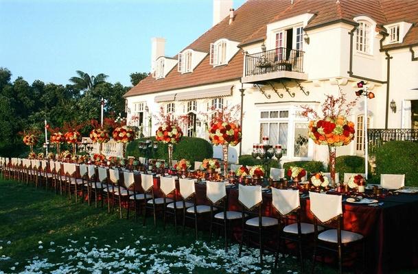 Chateau La Mer guest table