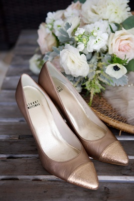 champagne tan colored high heels with pointed toe shiny sparkly shimmery stuart weitzman