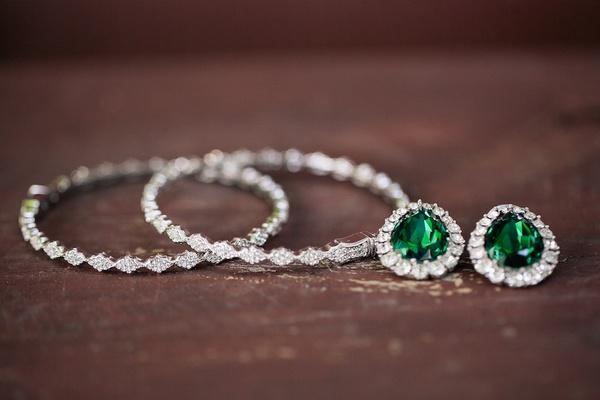 Sparkling diamond bridal jewelry
