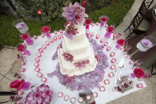Wedding dress inspired cake from above