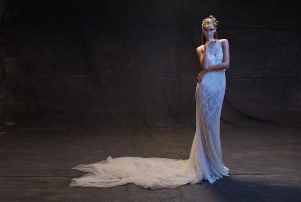 Limor Rosen 2017 Reina wedding dress low back tulle train Treasure Collection