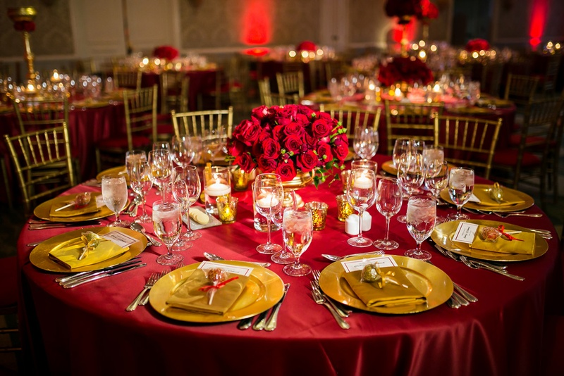 Reception Dcor Photos Table In Red And Gold Inside Weddings