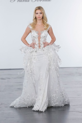 Pnina Tornai for Kleinfeld 2018 wedding dress plunging neckline crystals flowers