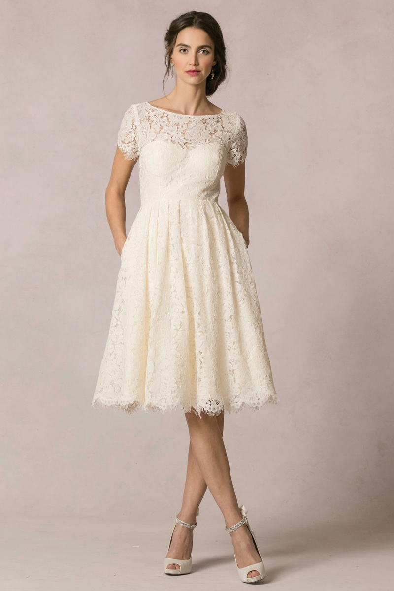 Casual Wedding Dresses: 12 Short Gowns From Bridal Fashion Week ...