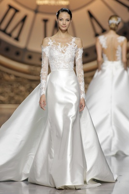 Atelier Pronovias 2016 Vitorial Wedding Dress