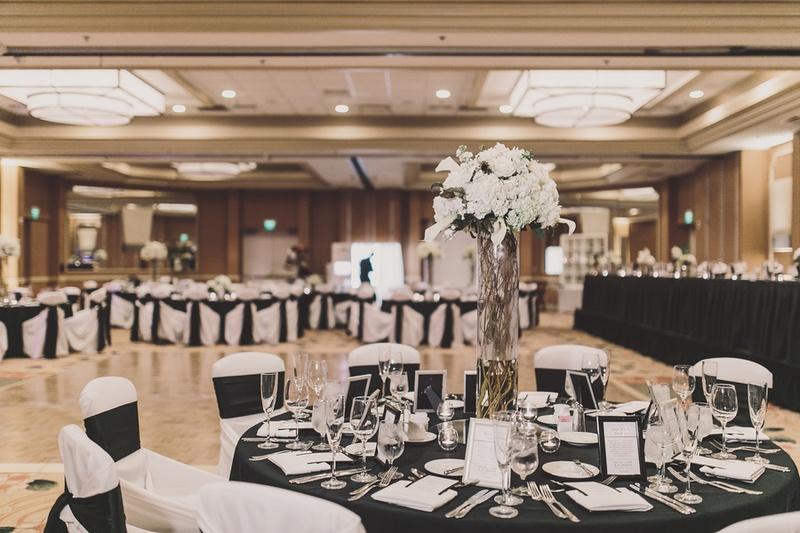 Reception Dcor Photos Black And White Table Dcor Inside Weddings