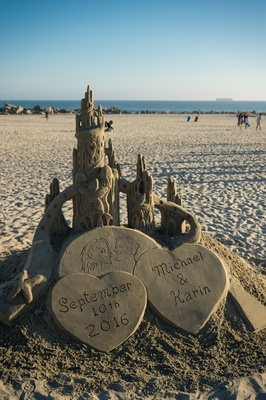 custom sandcastle newlyweds beach wedding san diego hotel del coronado special unique detail
