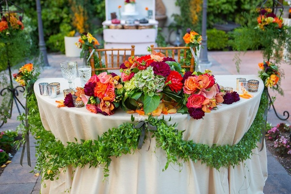Gorgeous sweetheart table at the Franciscan Gardens.