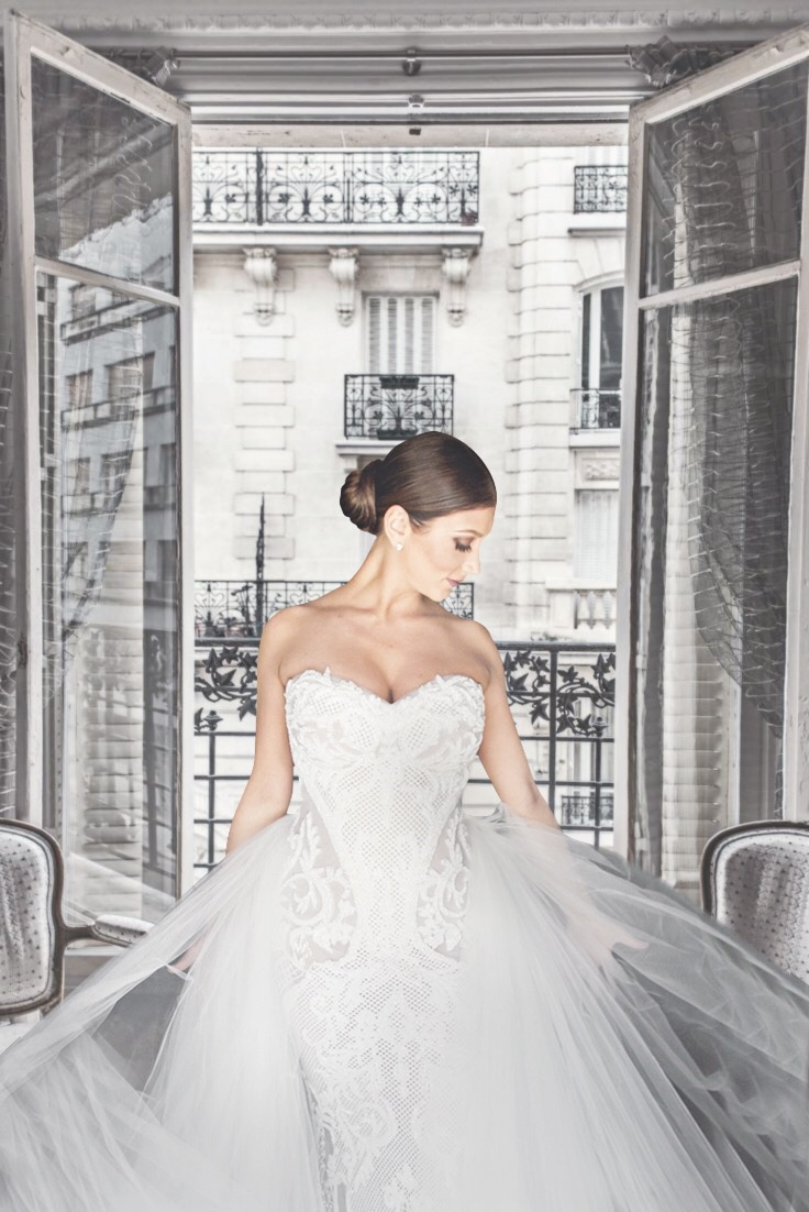 bride in lace leah da gloria gown with tulle overskirt