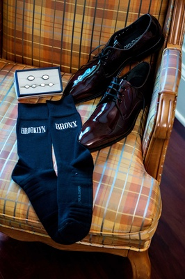 Tracy Morgan wedding accessories, cuff links, brooklyn and bronx socks, salvatore ferragamo shoes