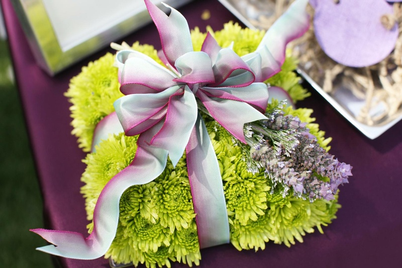 Green ring bearer pillow with lavender sprigs