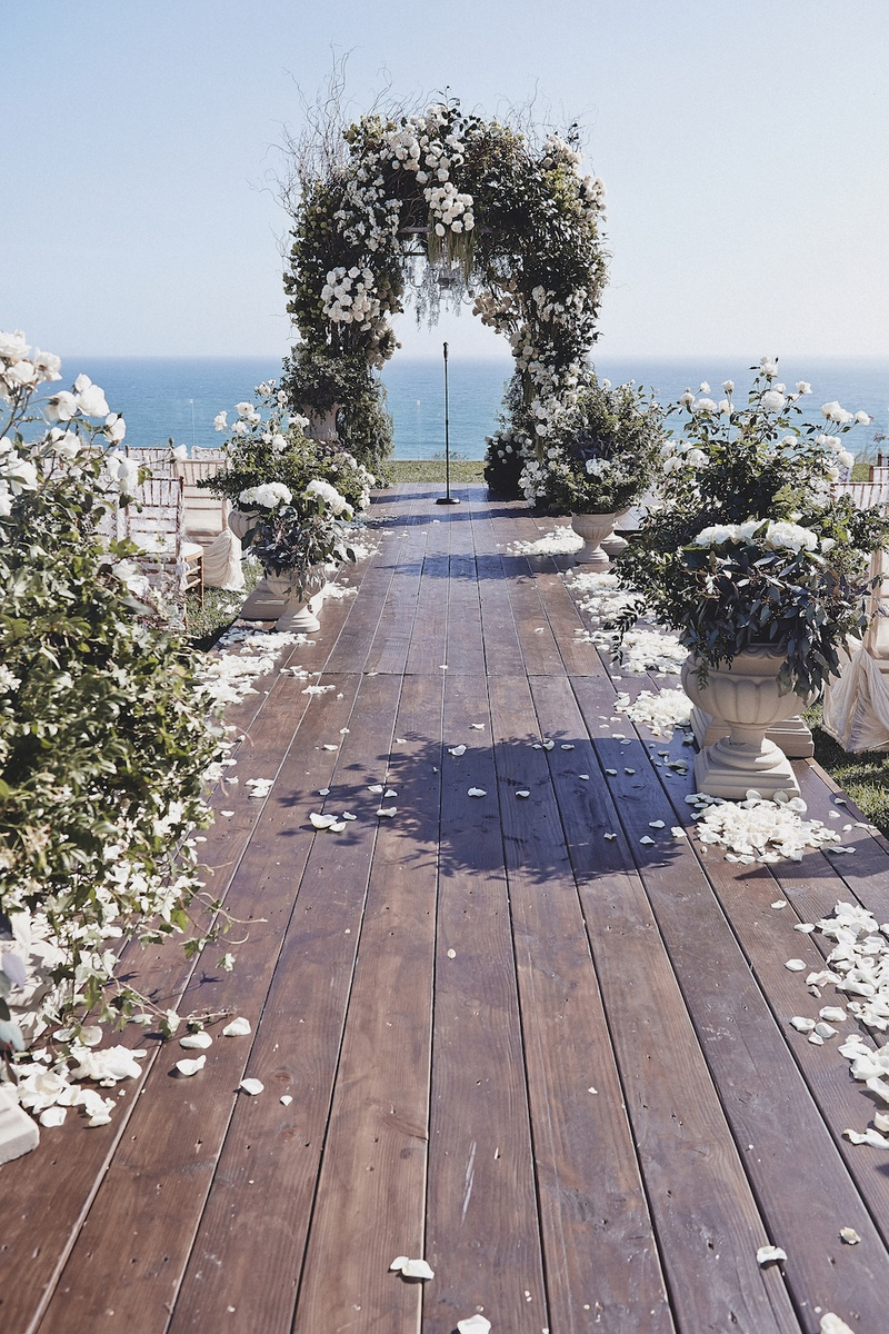 Brittney Palmer's cliffside wedding aisle