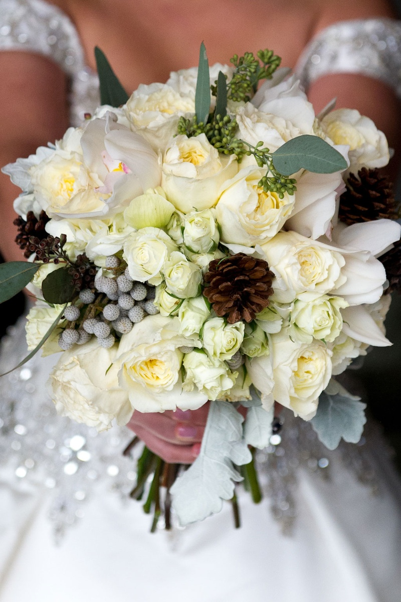 Winter Wedding Bouquet Ideas With Pinecone Accents