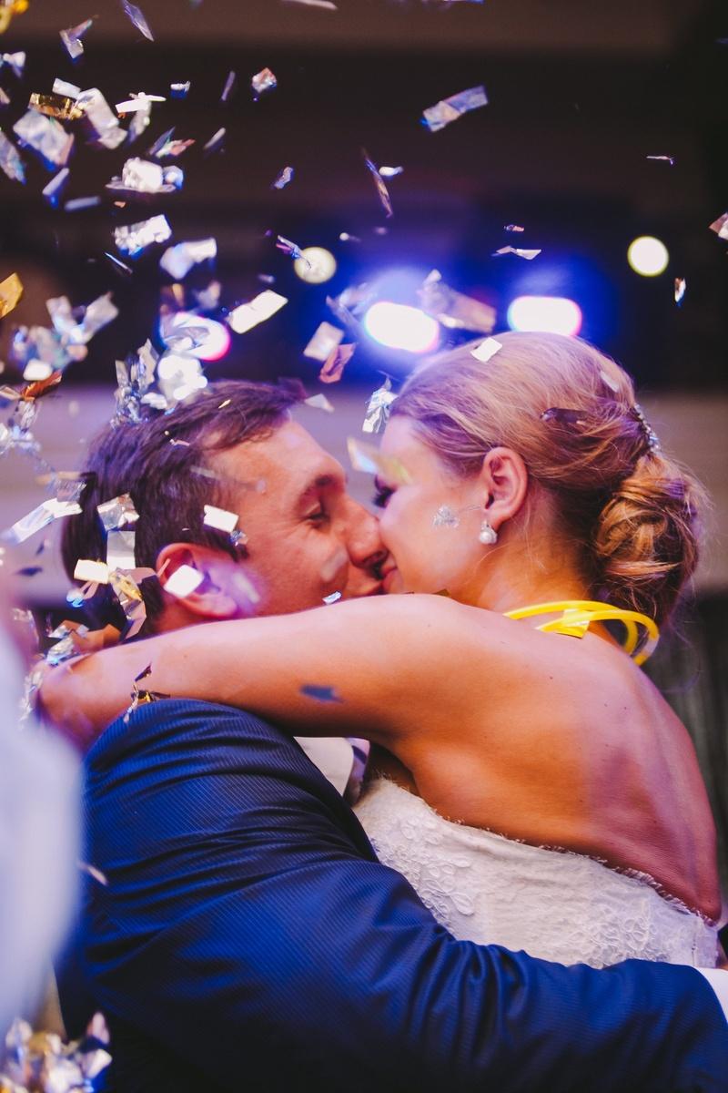 Angela Mecca and Owen Daniels kissing