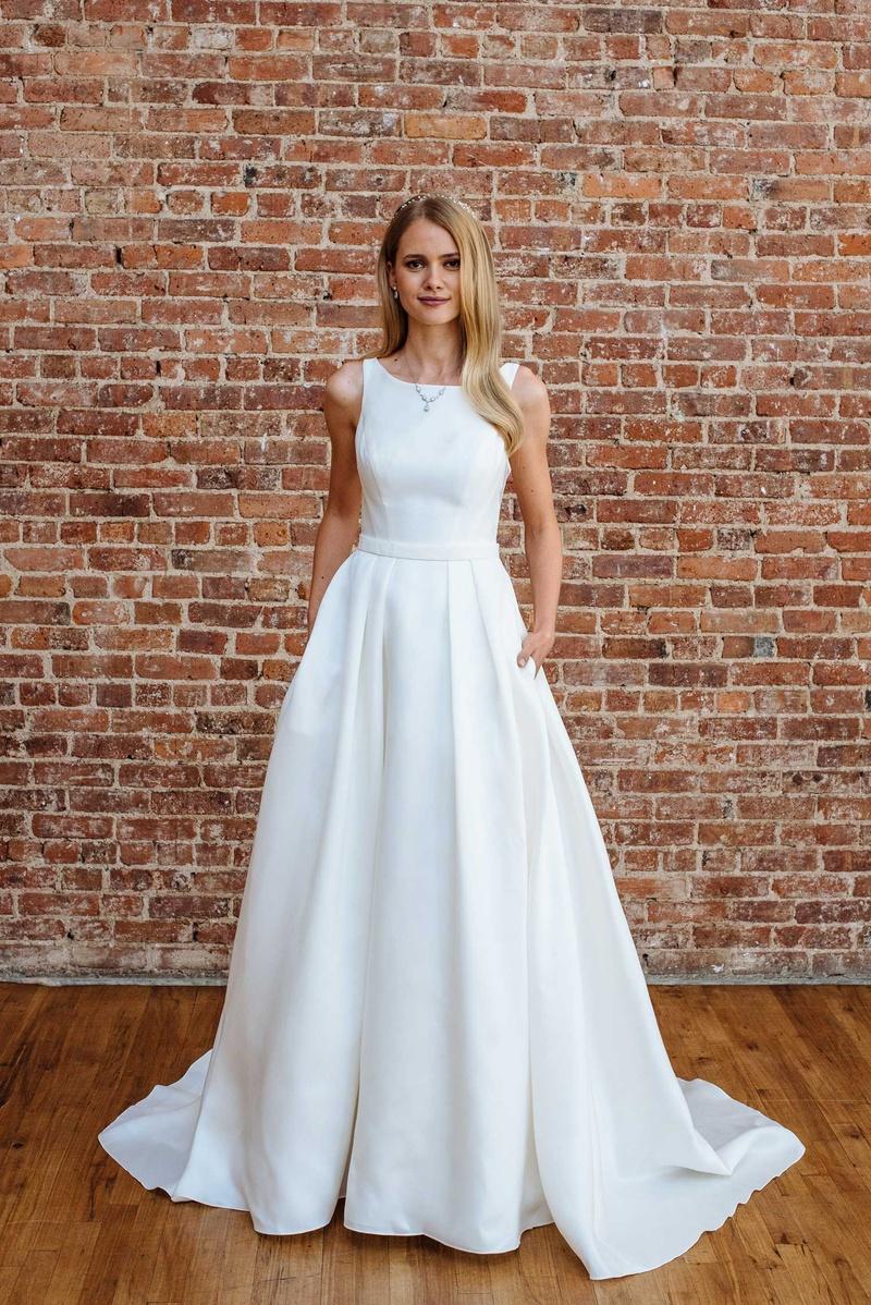 Presentation Dresses