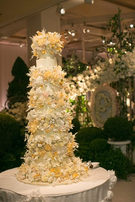 Sylvia Weinstock Beverly Hills wedding cake