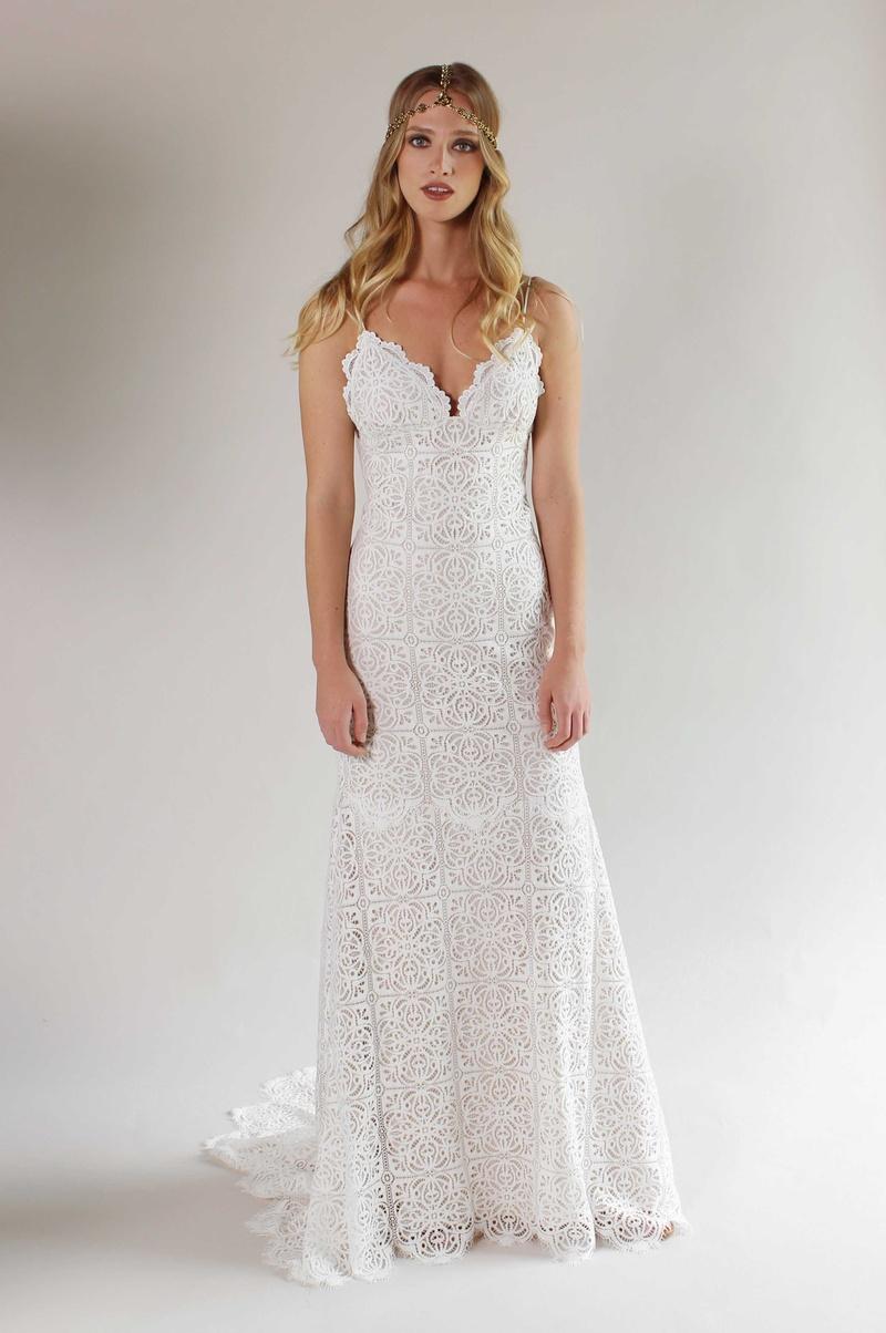 Bridal Fashion Week: Romantique by Claire Pettibone Spring/Summer ...