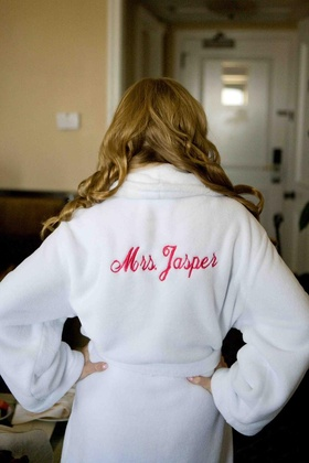 Mrs. Jasper wedding robe in white on bride