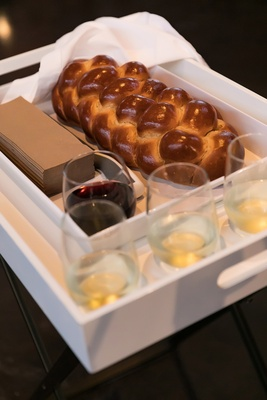 challah and wine blessing, jewish wedding traditions