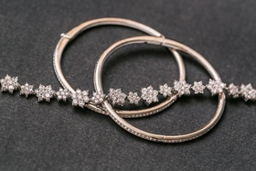 Diamond flower bracelet and diamond bangles