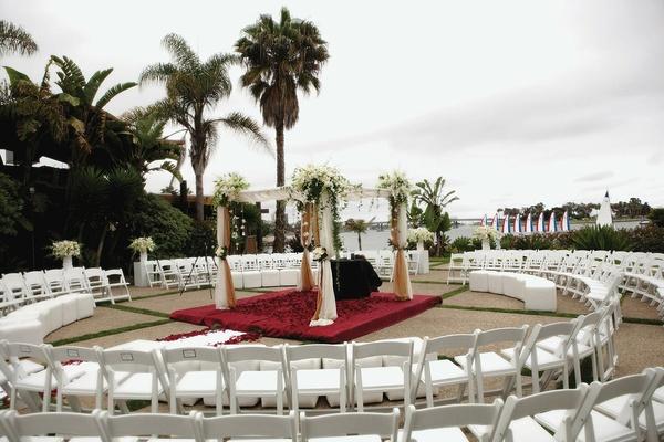 Oceanfront wedding in San Diego