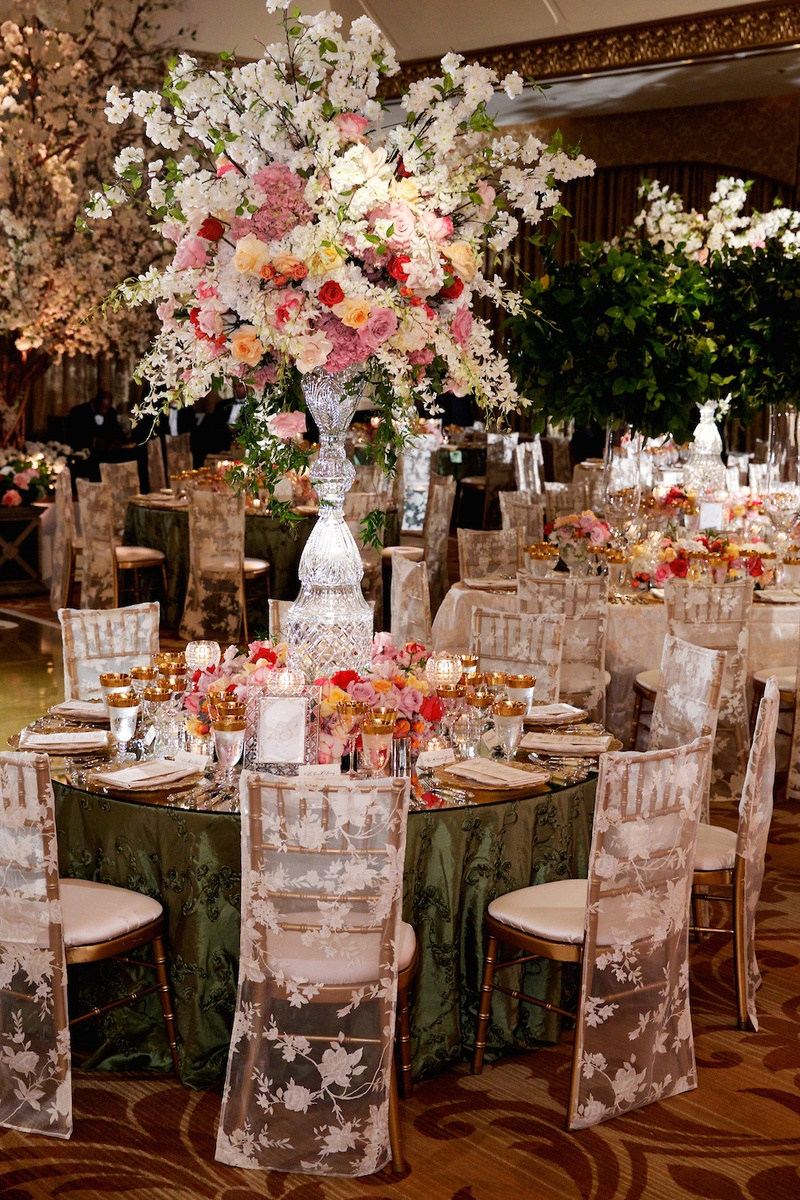 Tremendous Reception Decor Photos Sheer Lace Chair Covers Inside Inzonedesignstudio Interior Chair Design Inzonedesignstudiocom