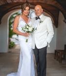 Luann de Lesseps and Thomas D'Agostino wedding portrait white dress and tuxedo