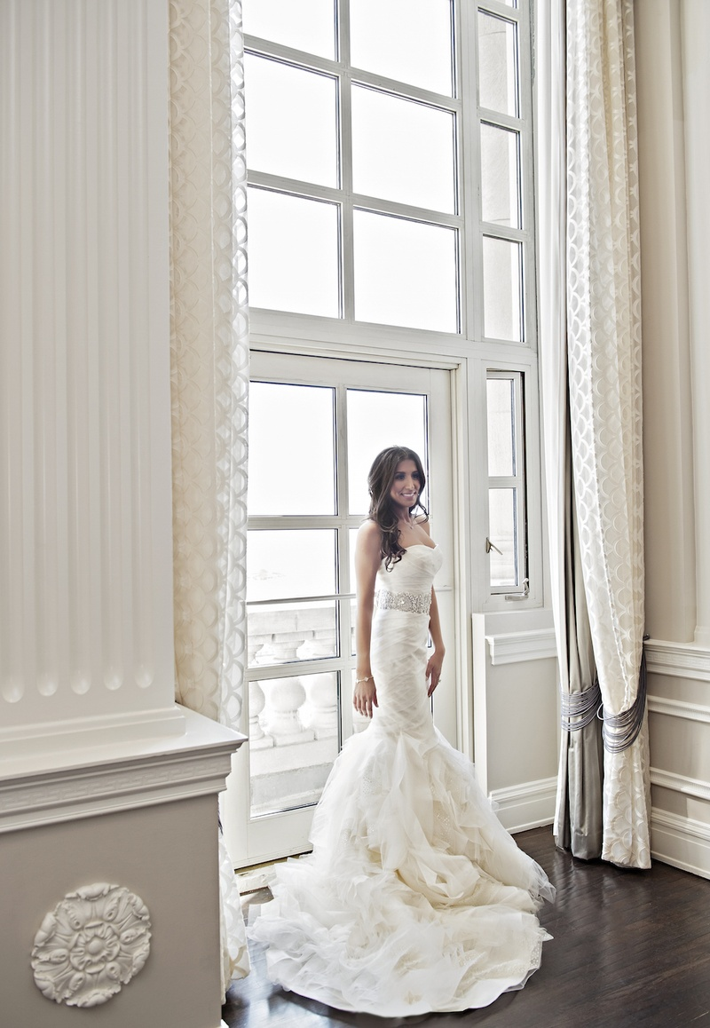 Wedding Dresses Photos - Chicago Bride in Vera Wang Gown - Inside ...