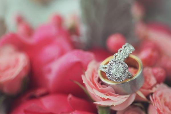Bride's diamond princess cut diamond ring with double shank diamond band