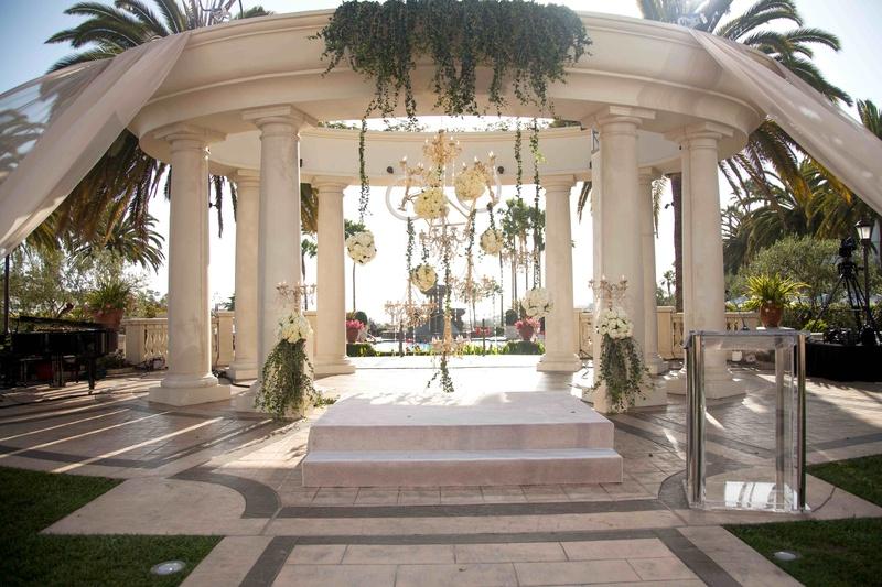 Luxury Backyard Wedding : Ceremony D?cor Photos  Luxury Outdoor Gazebo  Inside Weddings