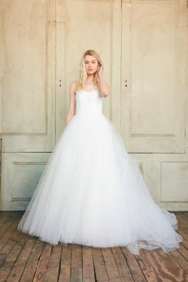 Classic Wedding Dresses Spring 2018
