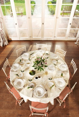 Villeroy & Boch Gifts white porcelain plateware including plates dishes bowls and glasses