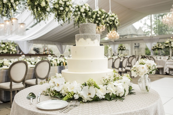 Romantic garden wedding with white amp green motif in cincinnati 5 five tier white silver cake fresh flowers wedding reception cake beading chocolate cream cheese mightylinksfo