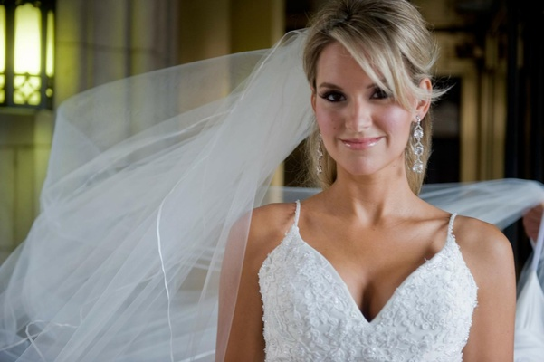 Bride with natural makeup look