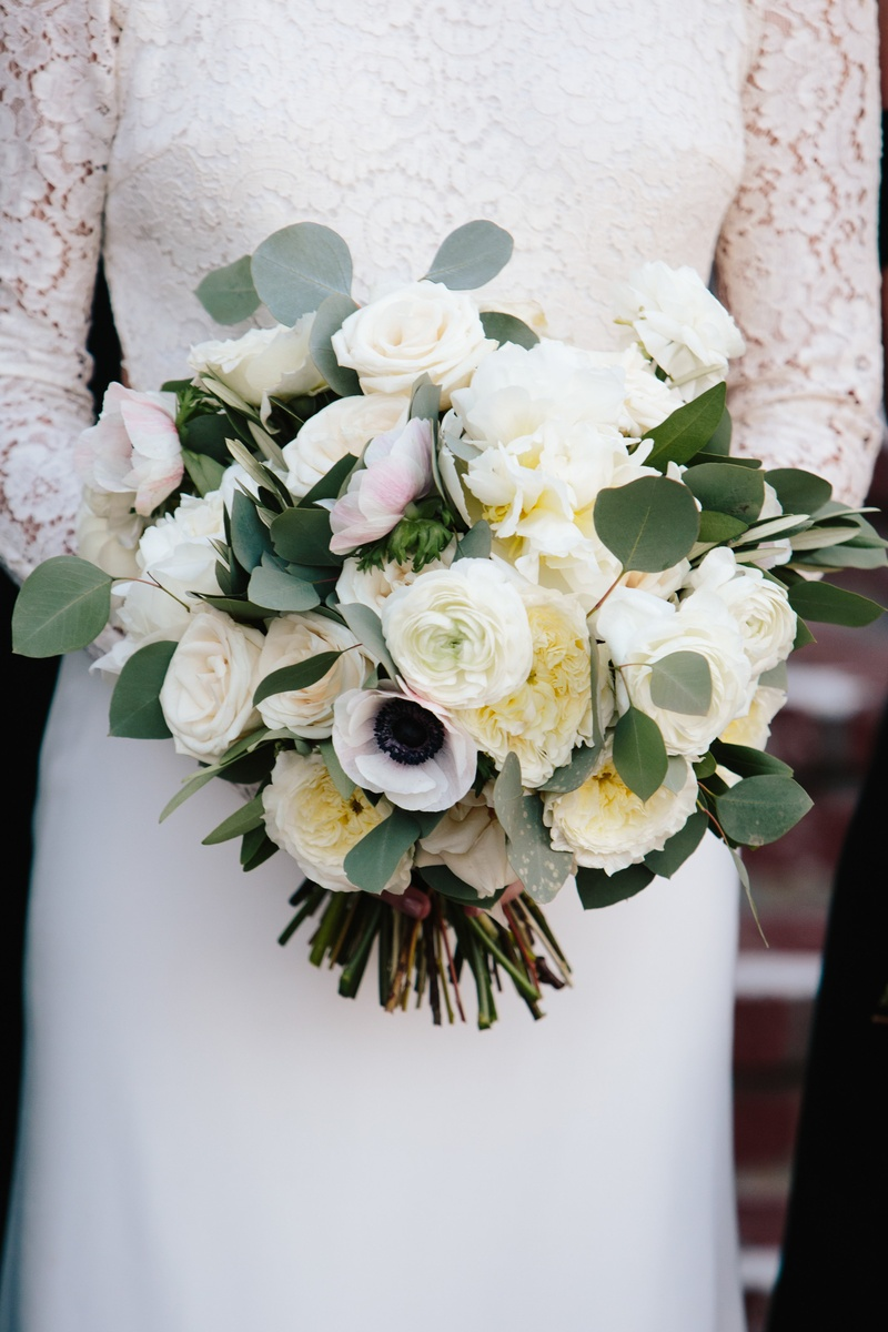 Bouquets Photos Ivory Bouquet With Eucalyptus Inside Weddings