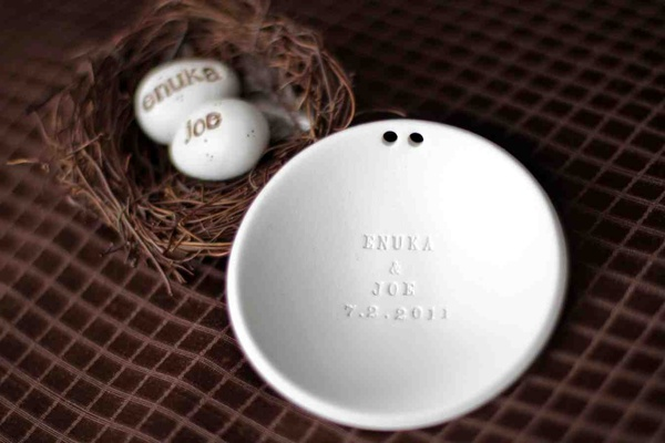 Ring holder dish with engraved names and bird nest eggs