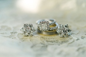 Wedding ring engagement ring halo princess cut flower earrings diamond