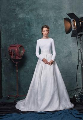 Sareh Nouri fall 2019 bridal collection wedding dress Reese crepe long sleeve top jacquard ball gown