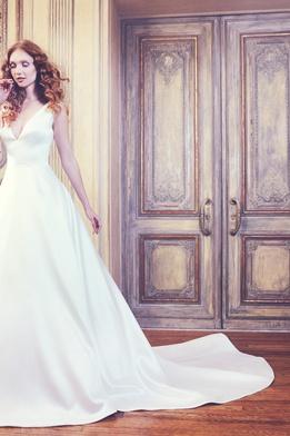 Sareh Nouri Spring 2018 bridal collection Waldorf wedding dress v neck ball gown