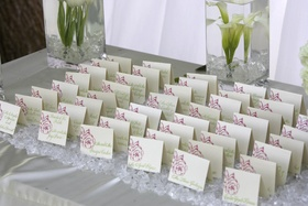 Peony motif and green calligraphy on seating card