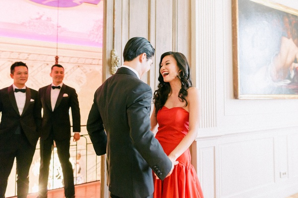hong kong taiwan wedding, tea ceremony, bride and groom first look laughter, asian bride in red