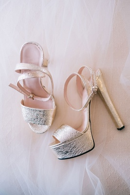 Metallic gucci heels platform for wedding silver gold