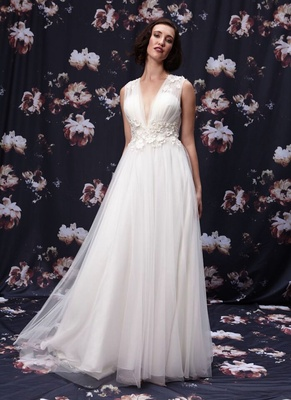 V-neck wedding dress by Ivy and Aster Fall 2016
