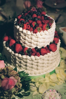 White basketweave cake decorations with berries