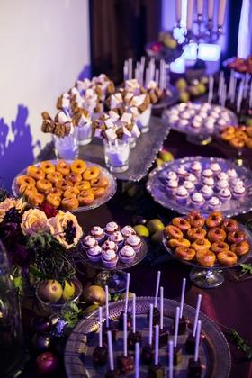 Seattle Mariners Marc Rzepczynski's wedding, sweets table with mini desserts