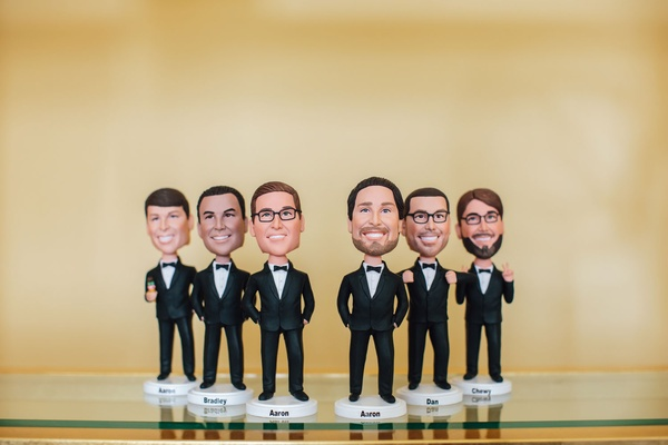 Wedding gift ideas for groomsmen personalized customize bobble head dolls with names tuxedos