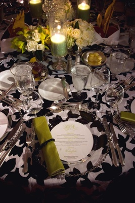 Black and white flower print reception table