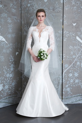 Legends Romona Keveza Spring 2019 collection lace taffeta v neck trumpet gown with 3/4 sleeves