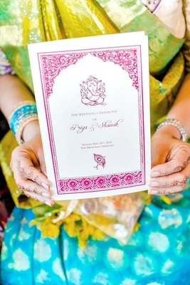 guest holding program for hindu ceremony